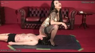 B Facesitting & Licking Pussy With Japanese Mistress